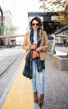 Holiday style outfits boots 61 Ideas for 2019 Autumn Fashion Casual, Fall Fashion Outfits, Fall Fashion Trends, Holiday Fashion, Autumn Winter Fashion, Winter Style, Red Outfits, Winter Chic, Workwear Fashion