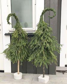 Whimsical Christmas Trees, Diy Christmas Decorations Easy, Diy Christmas Tree, Rustic Christmas, Christmas Holidays, Christmas Wreaths, Christmas Planters, Christmas Arrangements, Christmas Trends