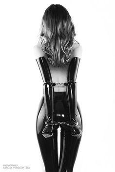 ☺ A Little Restraint   #cuff #latex #b/w