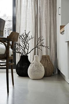 Dekoration Wohnzimmer Vasen Clear Glass Vases, Floor Vases, Floor Design,  Flooring, Make