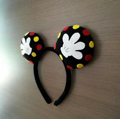 Such a cute ear idea! raisingdisneyaddicts.com