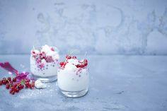 photographie culinaire fromage blanc meringue groseilles