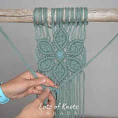 Click for access to the tutorial! Macrame Bracelet Diy, Macrame Art, Macrame Design, Bracelet Crafts, Micro Macrame, Macrame Jewelry, Macrame Supplies, Macrame Projects, Macrame Wall Hanging Patterns
