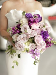 Lovely lavender rose bouquet. (Design by Lee Forrest Design, photo by: Bumby Photography)