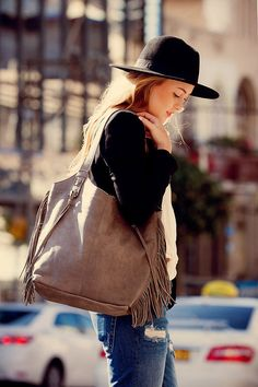 World Wide shipping Handmade Fashion Italian leather bags for women // Available in 3 different colors