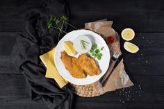 Jedlo - vyprážaná ryba s ryžou