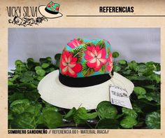 Sombreros pintados a mano Painted Hats, Fancy Hats, Wearing A Hat, Travel Wardrobe, Summer Hats, Sun Hats, Caps Hats, Diy And Crafts, Baseball Hats