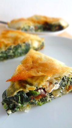 The Big Diabetes Lie- Recipes-Diet - Spanakopita (tourte aux épinards et feta) - Doctors at the International Council for Truth in Medicine are revealing the truth about diabetes that has been suppressed for over 21 years. Greek Recipes, Veggie Recipes, Indian Food Recipes, Vegetarian Recipes, Dinner Recipes, Cooking Recipes, Healthy Recipes, Crockpot Recipes, Dinner Ideas
