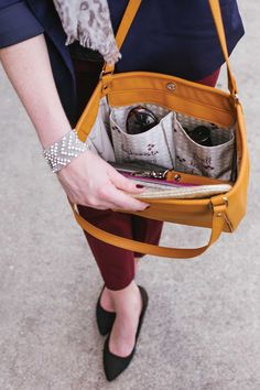 Jewell's Pocket System will transform and customize your handbag to keep you organized!