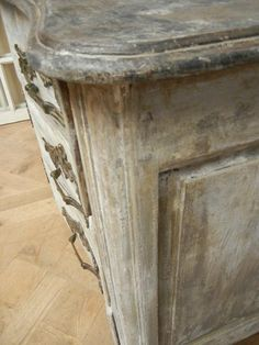 French antique Louis XV peroide Painted Commode