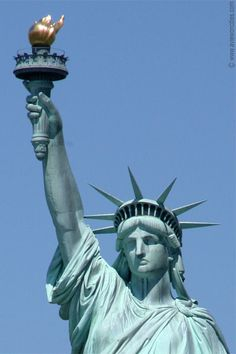 Statue of Liberty Close-up – New York Pictures