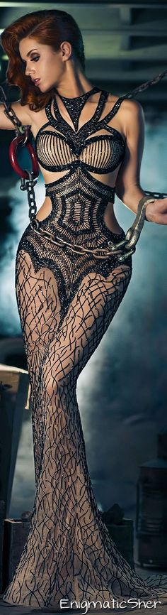 Charbel Zoe Fall-Winter 2014-2015 Couture it would be cool to do a shoot with gold chains painted on a snake