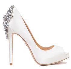 Elegant bridesmaids dresses, bridal wedding dresses, wedding gowns, designer bridal shoes and accessories | MODELBRIDE