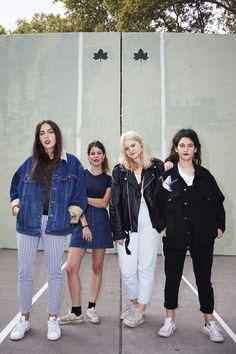 Hinds style and music