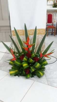 1 million+ Stunning Free Images to Use Anywhere Creative Flower Arrangements, Tropical Flower Arrangements, Church Flower Arrangements, Church Flowers, Tropical Flowers, Big Flowers, Beautiful Flowers, Arreglos Ikebana, Tablescapes
