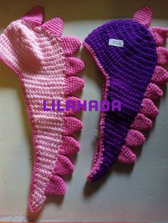Gorros dragón Fingerless Gloves, Arm Warmers, Fashion, Beanies, Dragons, Ganchillo, Hipster Stuff, Fingerless Mitts, Moda