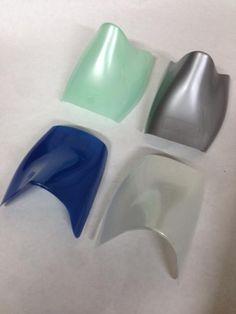 Gamma colori Perlati Lucidi in Polipropilene, adattabili a qualsiasi tipo di calzature con le nostre diverse misure. Al costo poco più della tradizionale carta per presentare al meglio le calzature.