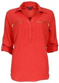 Bluse trend Brandtex <3  Trendy & pen bluse i moteriktige friske vår-farger pyntet med lekre `gull` glidelåser på bryst. Blusen er av mykt & solid materiale. Finnes i flere farger!
