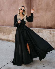 Long Sleeve Diana Maxi Dress Black This show stopping dress is Black Dress Outfits, Long Sleeve Outfits, Long Sleeve Maxi, Black Long Sleeve Dress, Dress Black, Black Maxi Dresses, Formal Dresses With Sleeves, Maxi Dress With Sleeves, The Dress