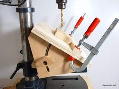 DIY Angle Drilling Jig Woodworking Video Tutorial from Jack Houweling. http://www.jax-design.net A drill press jig that is easy to make. Adjusts and locks to any angle up to 45 degrees. #DIYjigs #woodworking #jigsandfixtures #drillpress #angles #anglejig #howto #DIYcraftsandart https://youtu.be/Byyly2Z2Gw4
