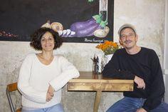 Hallo aus Berlin, im quirligen Wrangelkiez zwischen Görlitzer Parkund Schlesischem Tor muss es nicht immer hektisch zugehen: Zwischen Ausgehmeile, Second Hand Shops, türkischen Gemüse- und Supermä…