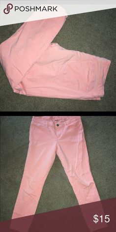 Coral American Eagle jeans Cropped, worn but still useful, stretch American Eagle Outfitters Jeans Ankle & Cropped