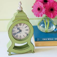 This is just the sweetest little clock!