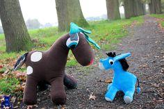 Für Kinder - Aleksio Wilde Herde - Weihnachtsangebot - ein Designerstück von Aleksio bei DaWanda #reindeer #Rudolph #Rentier #Esel #Donkey