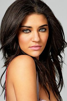 Explore the best Jessica Szohr quotes here at OpenQuotes. Quotations, aphorisms and citations by Jessica Szohr Jessica Szohr, Gossip Girls, Beauty Makeup, Hair Makeup, Hair Beauty, Beauty Tips, Pretty Hairstyles, Girl Hairstyles, Close Up