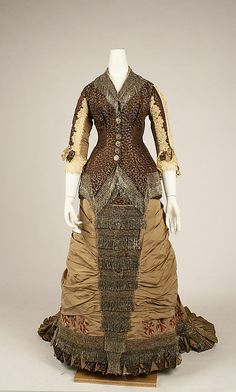 Dress By Jacques Doucet (1853-1929) - Made Of Silk And Cotton - French  c.1880
