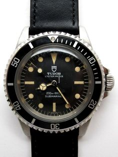 Discover a large selection of Tudor Submariner watches on - the worldwide marketplace for luxury watches. Compare all Tudor Submariner watches ✓ Buy safely & securely ✓ The Watch Shop, Watch Sale, Luxury Watches, Rolex Watches, Tudor Submariner, Diamond Watches For Men, Rolex Tudor, Hand Watch, Watch Brands
