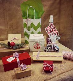 Baker's twine & favor ideas from Nashville Wraps including making mini poms.  http://www.nashvillewrapscommunity.com/blog/2013/08/bakers-twine-favor-boxes-craft-ideas/ #wholesalebakerstwine #cutefavorboxes