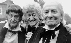 Doctor Who (Patrick Troughton, Jon Pertwee, William Hartnell) ~ showing ties and collars. Jon Pertwee, William Hartnell, Classic Doctor Who, Second Doctor, Ninth Doctor, Tv Doctors, David Tennant, Classic Tv, British History