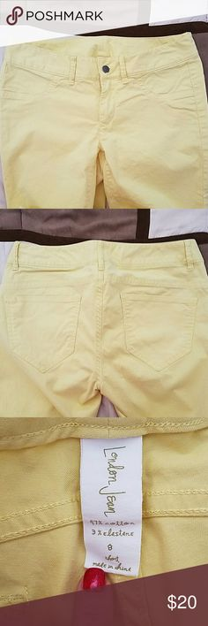 LONDON SKINNY JEANS LONDON YELLOW SKINNY JEANS  SIZE 8 SHORT  WORN A FEW TIMES STILL IN GREAT CONDITION  WAIST 16 INCHES  INSEAM 28.5 97?COTTON  3? ELASTANE London jeans  Jeans Straight Leg