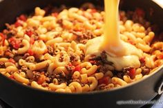Looking for easy ground beef recipes for dinner? This Homemade Hamburger Helper is one of our favorite easy ground beef recipes with only a few ingredients! Ground Beef Recipes Easy, Beef Recipes For Dinner, Cooking Recipes, Skillet Recipes, Quick Recipes, Hamburger Macaroni, Hamburger Recipes, Macaroni Casserole, Pizza Casserole