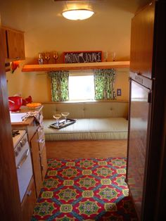 relooking caravane | InsideandoutsidepicsofcompletedDinkyDiner010.jpg