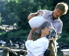 Robert Redford and Meryl Streep Out of Africa by Sydney Pollack, 1985 Robert Redford, Meryl Streep, Love Movie, Movie Stars, Movie Tv, Movie Scene, Perfect Movie, Romantic Scenes, Romantic Movies