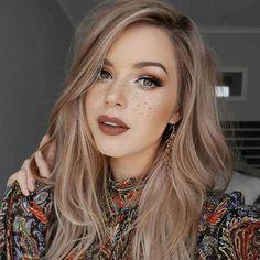 Light rose gold hair inspo