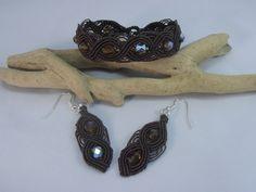 parure bracelet et boucles d'oreille micro macramé chocolat : Parure par les-creations-du-sud