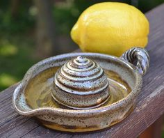 Stoneware Juicer  Amy Manson Pottery... Find her on Etsy!