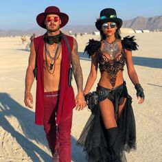 My playa and forever love 🔥 - Burning man festival - Mens, Women's Outfits Burning Man Style, Estilo Burning Man, Burning Man Roupas, Ropa Burning Man, Burning Man Fashion, Burning Man Men, Burning Man Makeup, Burning Man Costumes, Burning Man Outfits