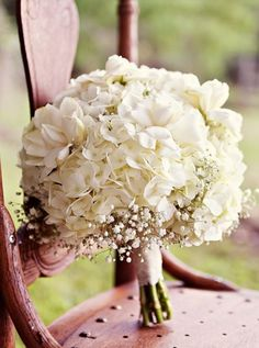 Wedding bouquet idea; Via Taylor Made Weddings and Events