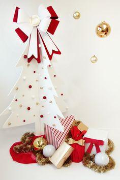 Рождественская елка для декора дома