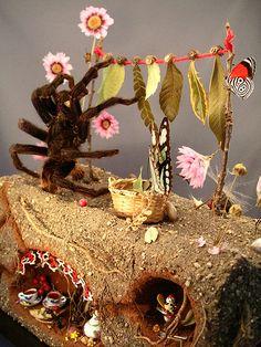 tarantula hanging leaves by Lisa Wood Bug Art, Halloween Miniatures, Insect Art, Amazing Art, Awesome, Textile Art, Altered Art, Ladybug, Bugs