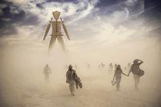 Surreal-sueño como Fotos de 'Burning Man' capturar la esencia del Festival Carefree - Mi Modern Met