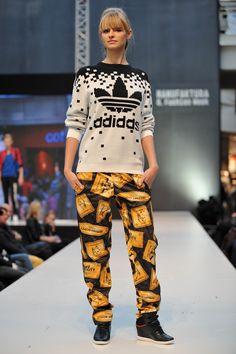 Pokaz WORLDBOX, 8. Manufaktura Fashion Week/Fast Fashion, fot. Łukasz Szeląg.  #fashionweekpoland #fashionweekpl  #fall #trends #fashionphilosophy #fashionaddict #manufaktura