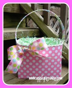 Cloth Easter Basket Sewing Pattern PDF www.appliquejunkie.com