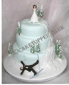 Ideas For Wedding Planning Jokes Funny Cake Toppers Snowboard Wedding, Ski Wedding, Trendy Wedding, Purple Wedding, Gold Wedding, Wedding Shoes, Wedding Rings, Christmas Wedding Cakes, Fall Wedding Cakes