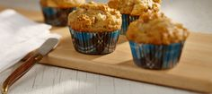 Coral Lentil, Pear and Nut Muffins C'est Bon, Lentils, Pear, Healthy Snacks, Smoothies, Sandwiches, Coral, Breakfast, Recipes