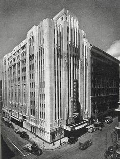 New Cinema, Cinema Theatre, Art Deco Buildings, Old Buildings, Johannesburg Skyline, Victorian Photos, Holiday Apartments, Beautiful Buildings, Cape Town